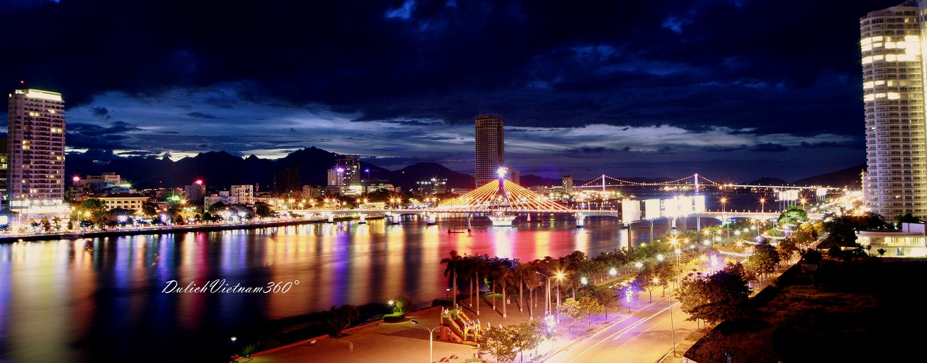 Da-Nang-by-night