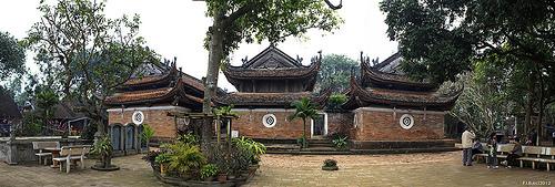 chua tay phuong